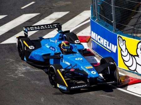 Buemi gana el ePrix de Buenos Aires y sigue imbatido