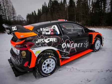 Mads Ostberg presenta su Ford Fiesta RS WRC '17
