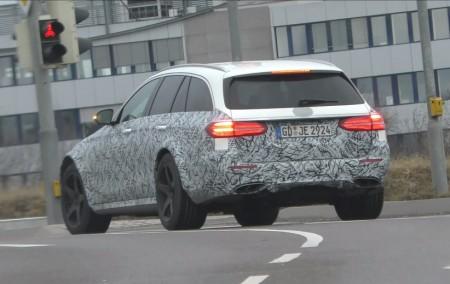 Mercedes-AMG E43 All-Terrain: las imágenes que confirman la nueva versión