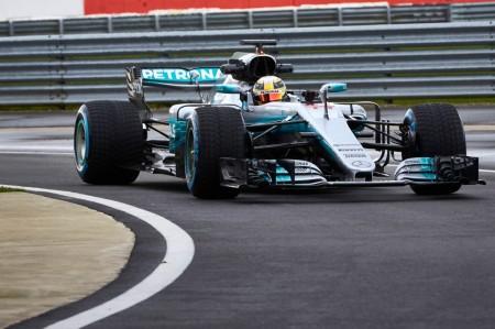 El espectacular Mercedes W08 es desvelado en Silverstone