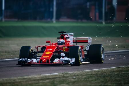 """Sebastian Vettel: """"El coche es un paso adelante, es fantástico de pilotar"""""""