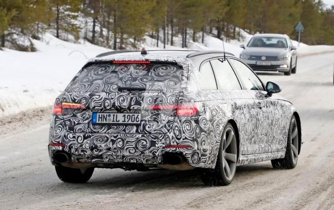 Audi RS4 Avant 2018 - foto espía posterior