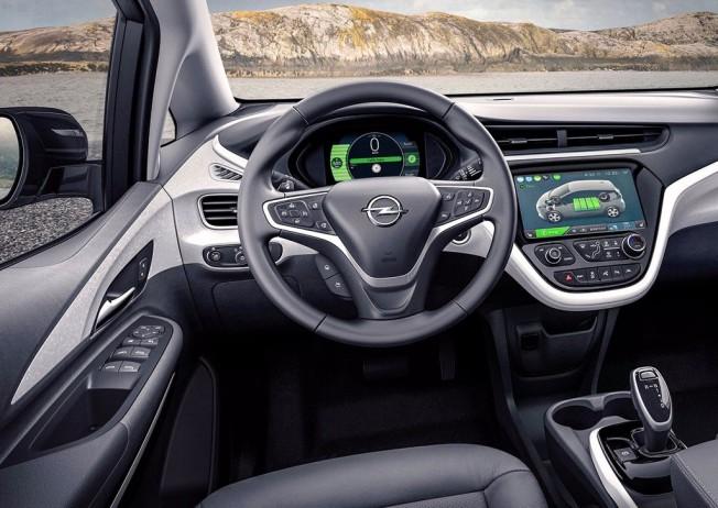 Opel Ampera-e - interior