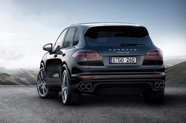 Porsche Cayenne S Platinum Edition - posterior