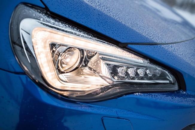 Subaru BRZ 2017 - faros