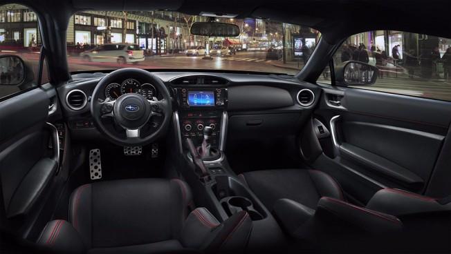 Subaru BRZ 2017 - interior