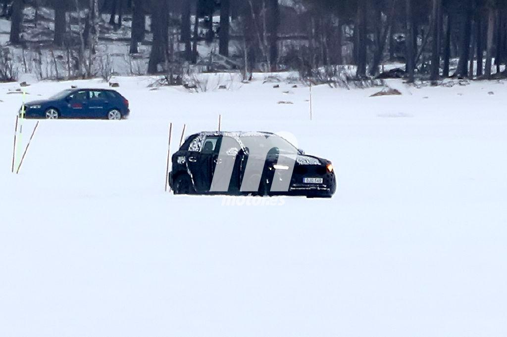 Volvo XC40 2018: primeras fotos espía de un prototipo del esperado SUV sueco