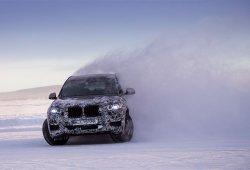 BMW X3 2018: la marca alemana presenta el nuevo modelo pero no lo destapa