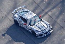 Chevrolet Corvette ZR1 rodando en el circuito de Laguna Seca en vídeo