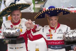 Meeke inventa la 'Gymkhana' para ganar el Rally de México