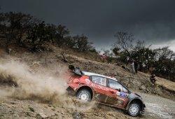 Kris Meeke reina en el caos del Rally de México