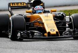 La FIA solicita a Renault modificar el soporte de su alerón trasero