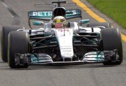 Lewis Hamilton comanda los primeros libres con tiempazo