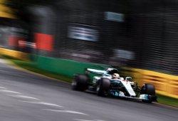 La mala estrategia de Mercedes condena a Hamilton