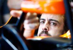 """Alonso: """"Es muy jugoso hablar de si McLaren-Honda va a estar último"""""""