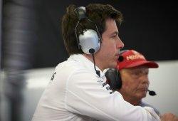 """Wolff: """"Echamos de menos a McLaren en cabeza"""""""