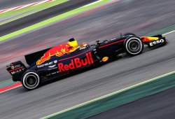 """Verstappen: """"Las pruebas son para llevar al límite los componentes"""""""