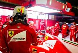 Sebastian Vettel no se fía de Mercedes
