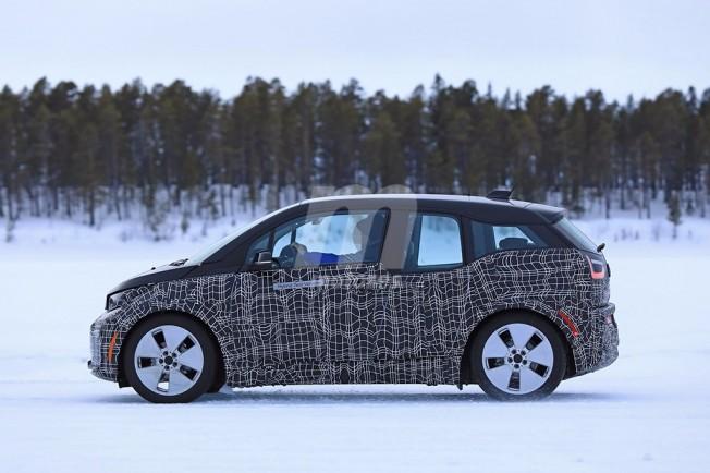 BMW i3 2018 - foto espía lateral