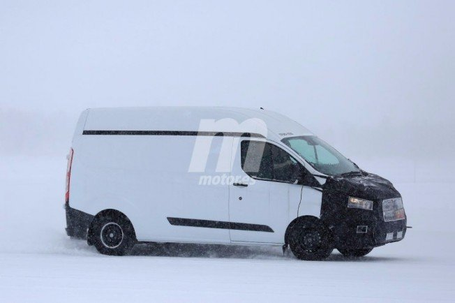 2017 - [Ford] Tourneo/Transit restylé - Page 2 Ford-transit-custom-2018-201734656_10
