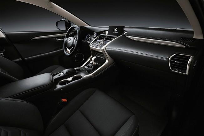Lexus NX 300h Sport Edition - interior