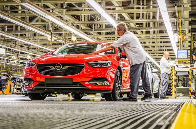 Opel Insignia Grand Sport 2017 - producción