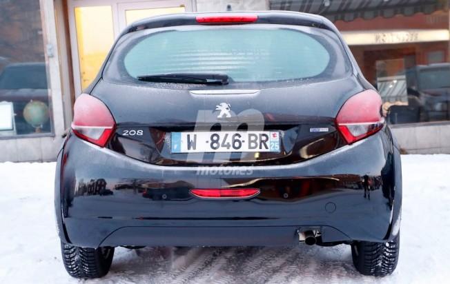 Peugeot 208 2018 - foto espía posterior