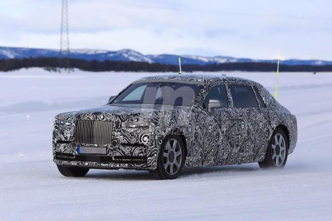Rolls-Royce Phantom 2018 - foto espía