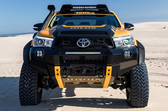 Toyota HiLux Tonka Concept - frontal