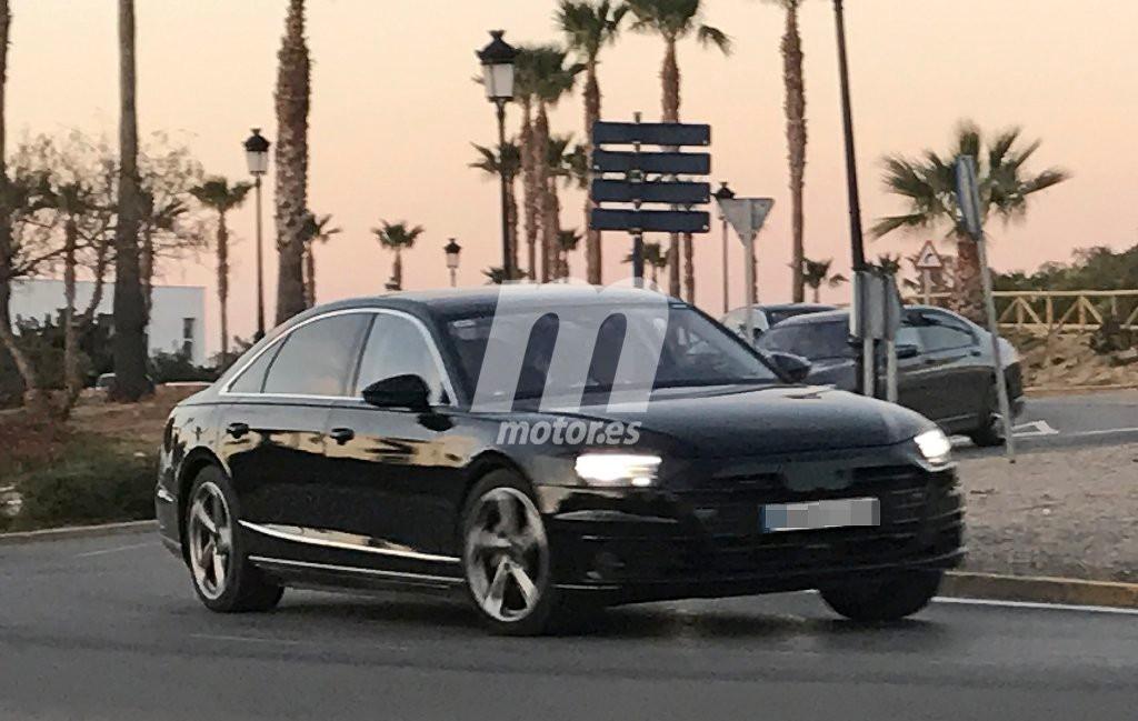 Audi A8 2018: la nueva generación con su carrocería casi al desnudo