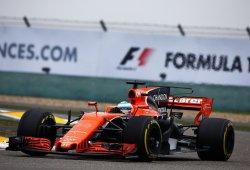 """Alonso: """"Vamos descubriendo problemas carrera tras carrera"""""""