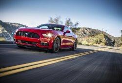 Ford Mustang: a pesar de su fuerte caída en EEUU ya es el deportivo más vendido del planeta