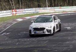 Opel Insignia OPC 2018: misteriosa unidad probando en Nürburgring