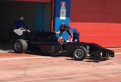 Robert Kubica prueba un monoplaza de GP3 en Italia