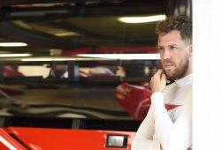 """Vettel: """"Mercedes sigue siendo el equipo favorito"""""""