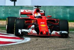 Vettel y Räikkönen, lejos de su objetivo por la estrategia