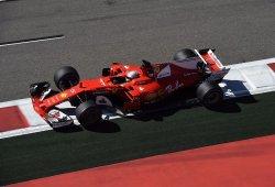 Vettel, seguro de que Mercedes oculta rendimiento