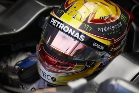 Hamilton y Bottas sufren con los neumáticos en Sochi