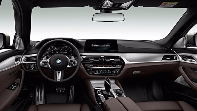 BMW M550d xDrive Touring 2018 - interior