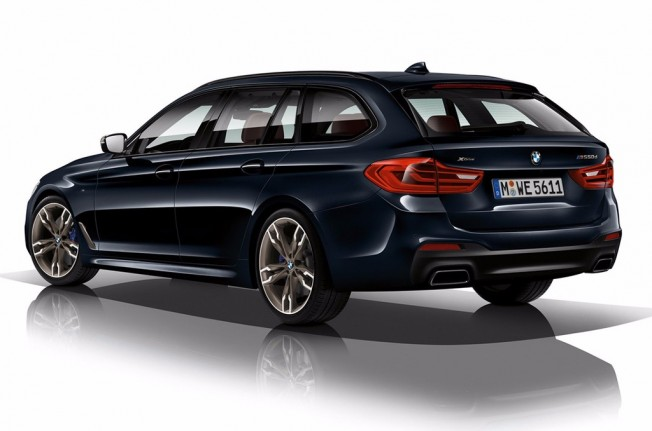 BMW M550d xDrive Touring - posterior