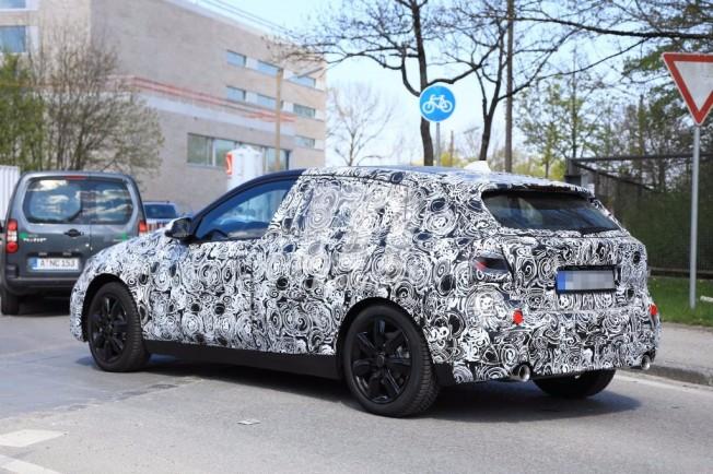 2018 - [BMW] Série 1 III [F40-F41] - Page 3 Bmw-serie-1-2019-201735351_13