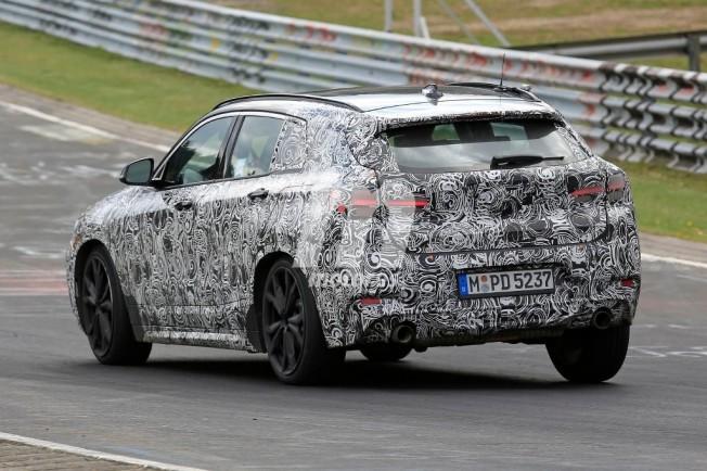 BMW X2 2018 - foto espía posterior