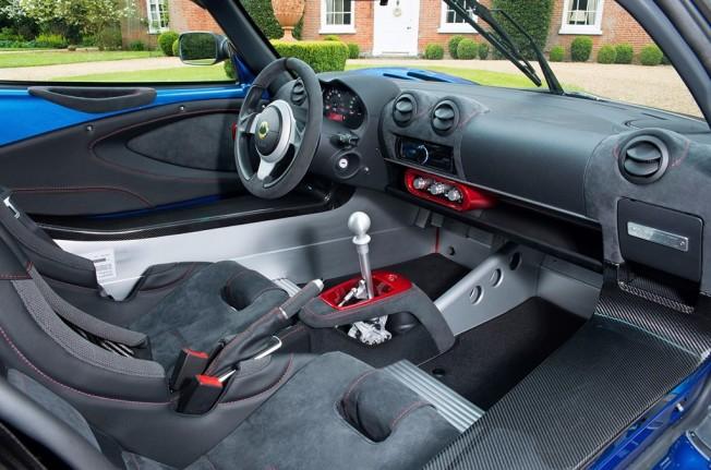 Lotus Exige Cup 380 - interior