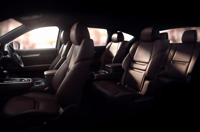 Mazda CX-8 - teaser