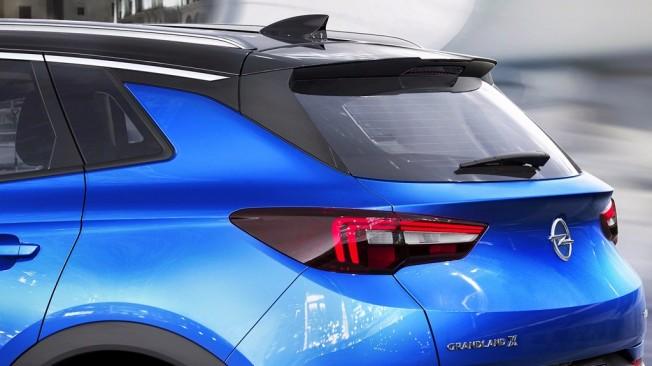 Opel Grandland X 2018 - ópticas traseras
