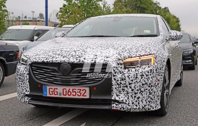 Opel Insignia OPC 2018 - foto espía frontal