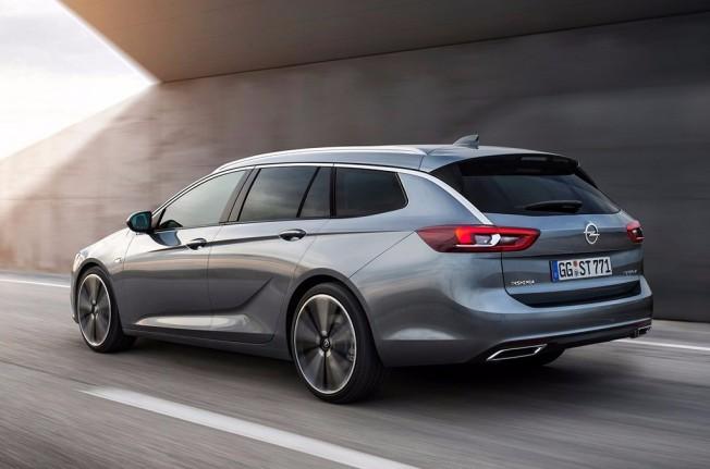 Opel Insignia Sports Tourer 2017 - posterior