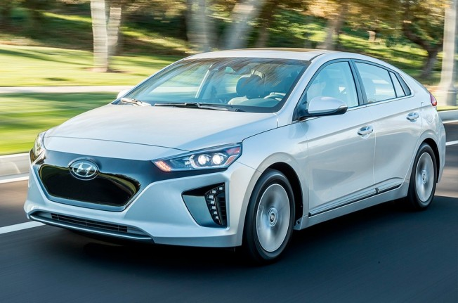 Prueba Hyundai Ioniq Electrico 201735206 further Vans Old Skool Negras Tumblr 450 as well Viewtopic in addition Historia De Android likewise Bmw 735ia E32 Azul Cuero Full 1400 Madrid. on o probar la bateria del coche