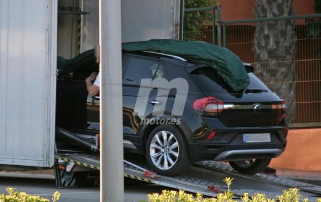 Volkswagen T-ROC 2018 - foto espía posterior