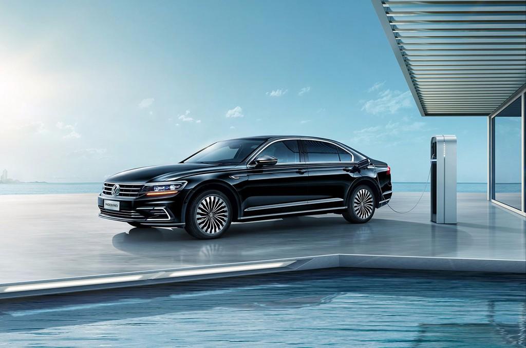 Volkswagen Phideon GTE: se presenta en sociedad la versión híbrida enchufable